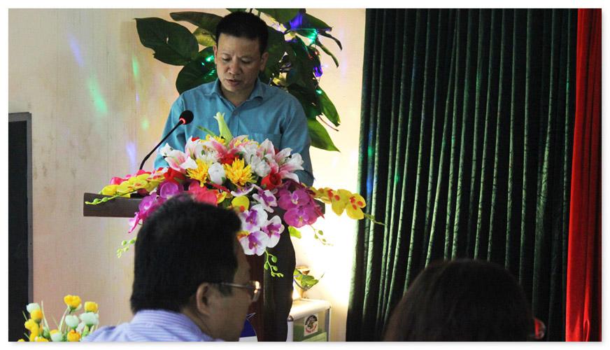 Thầy Lê Mạnh Đức đọc phát biểu khai mạc