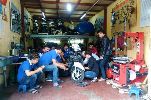 dạy nghề sửa xe tay ga