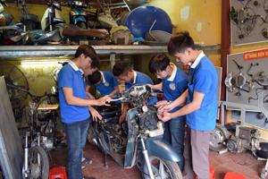 Dạy nghề xe máy Thanh Xuân có gì mới