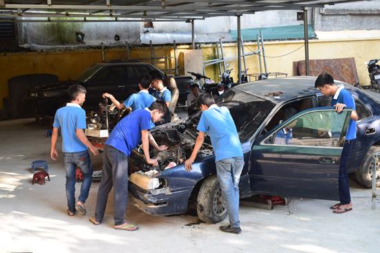 Học ngành Sửa chữa ô tô tại Dạy Nghề Thanh Xuân